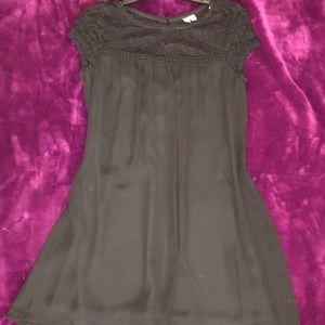 Dresses & Skirts - Black flowy mini dress